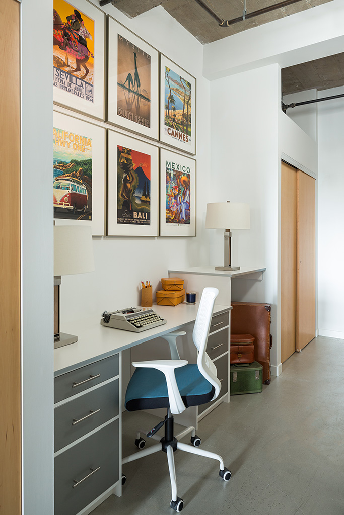 Downtown loft apartment kendall ansell interiors - A loft apartment bachelor pad ...